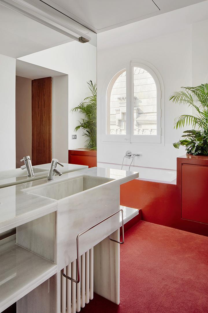 Jardineria de De Buena Planta para una reforma de una vivienda en la calle Lluís Companys de Barcelona con Arquitectura-G